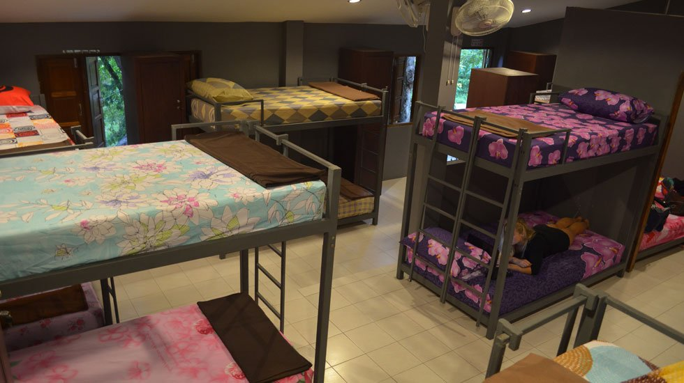 Air conditioned dormitory accommodation on Koh Tao